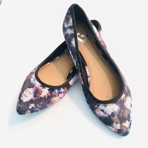 Report black floral print velvet flats size 8